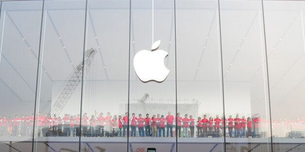 HANGZHOU, CHINA - JANUARY 24: (CHINA OUT) The Apple flagship store opens at Pinghai Road on January 24,...