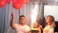 생일 파티에서 수소 폭탄을 터뜨린