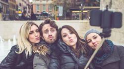 유럽 관광지가 '셀카봉'을 금지한