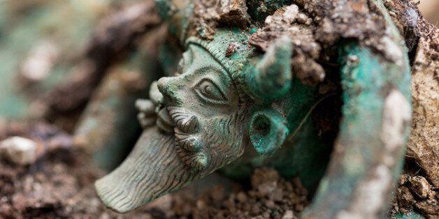 CG처럼 정교한 기원전 5세기 켈트족 왕자의 무덤이