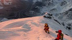 에베레스트, 등반대 배설물로 오염