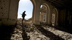 아프간서 탈레반 자폭 테러로 경찰 30여명