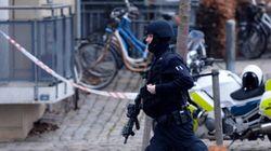 덴마크서 무함마드 풍자화가 표적 총기