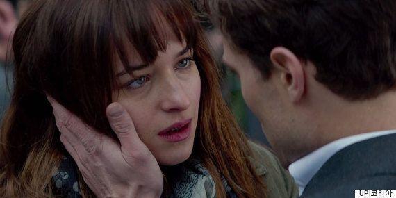 영화 '그레이의 50가지 그림자'에 대한 외국 평론가들의 단평