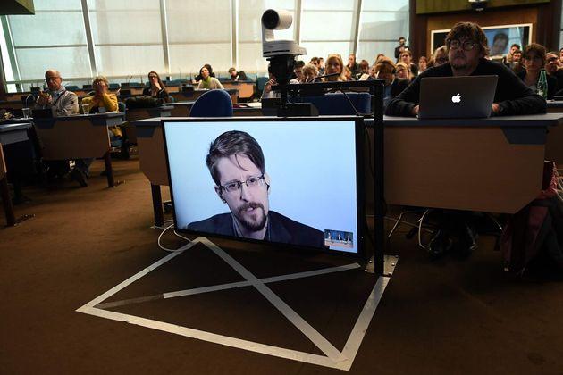 Imagen de archivo de una conferencia ofrecida por Snowden en