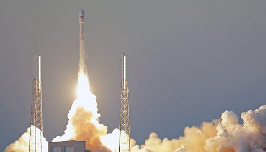 스페이스X, 심우주 기상관측위성 발사 성공!