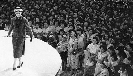 2차대전 후 일본 사회를 보여주는