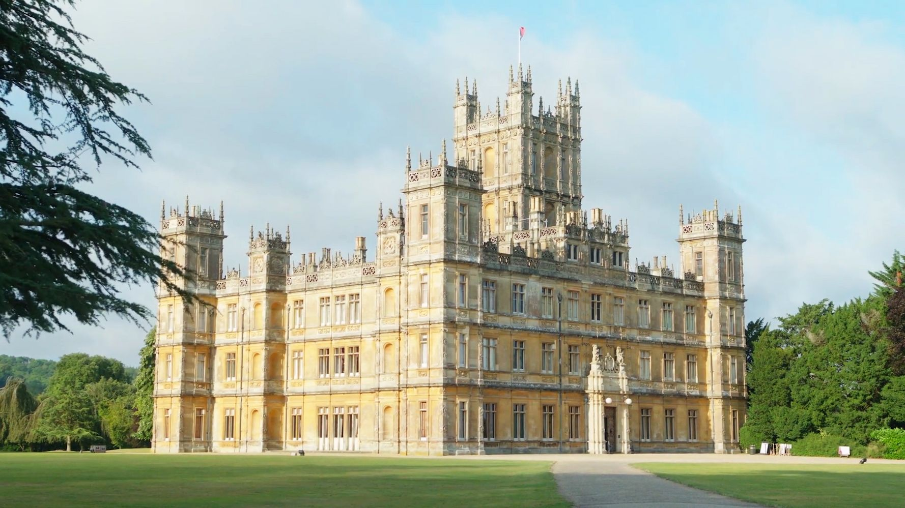 Downtown Abbey Listed On Airbnb