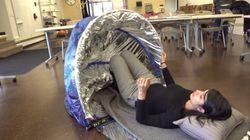 대학생들이 홈리스를 위한 텐트를