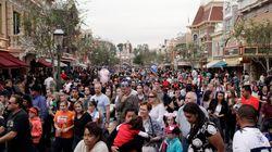 미국 '디즈니랜드 발 홍역'
