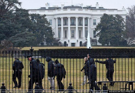 백악관에 무인기 충돌 뒤 추락