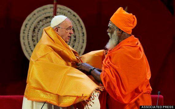 교황, 스리랑카 불교 사원 깜짝 방문