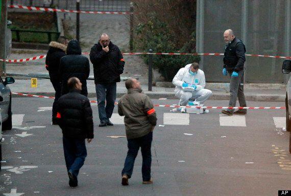 테러 당한 파리 주간지는 어떤