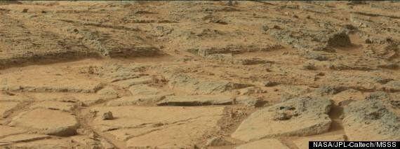 화성 사진에서 고대 생명체의 흔적이 보인다는 주장이