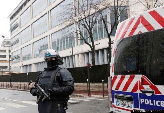 프랑스 테러범은 어떻게 테러범이