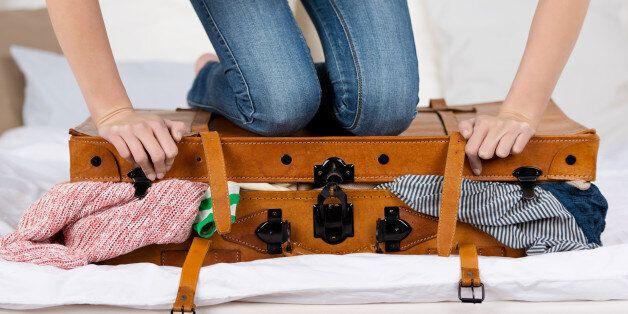 효율적으로 여행 짐 싸는 DIY 팁 20가지
