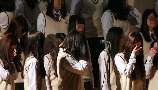 단원고, 눈물의 졸업식