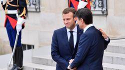 À Rome, Macron prié de cacher sa joie dans l'Italie
