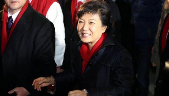 박근혜 정부 2년의 결정적 장면