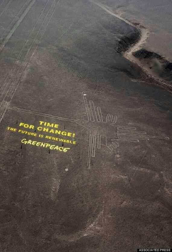 그린피스, 나스카 평원에 거대한 문구를