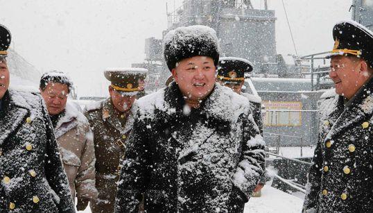 [화보] 눈사람 된 북한 김정은의