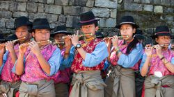 티베트 가수들 수난