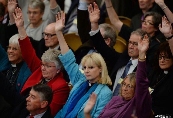 잉글랜드 성공회, 여성주교 허용