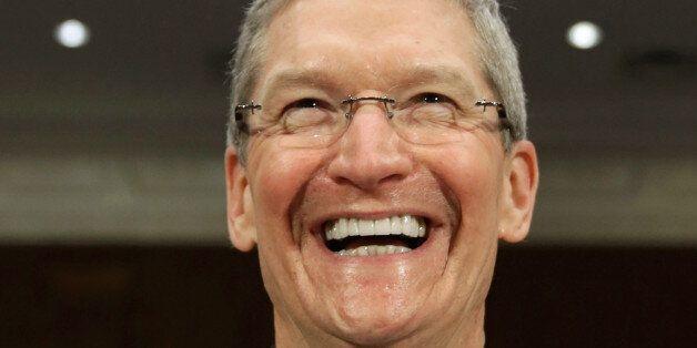 애플 CEO 팀 쿡, 커밍아웃...