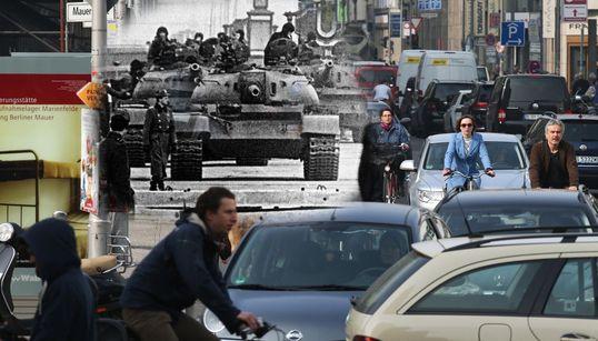 [베를린장벽]과거와 현재를 보여주는 놀라운 25장의