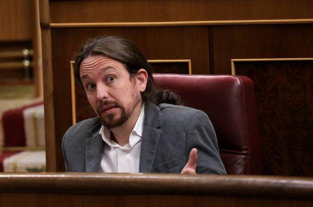 Pablo Iglesias, líder de Podemos, en su escaño del Congreso, el pasado 11 de
