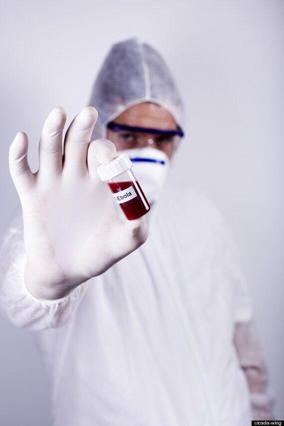 미국, 에볼라 공포에 떨고