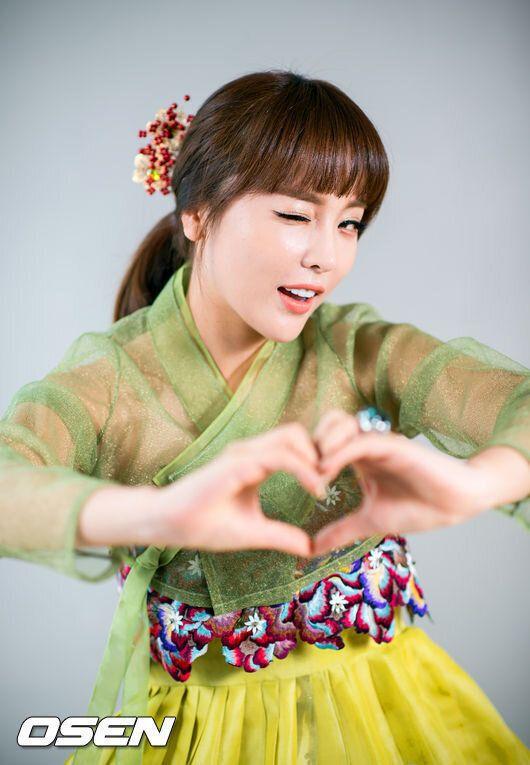 홍진영, 이토록 유쾌하고 사랑스런 이 언니 (한복