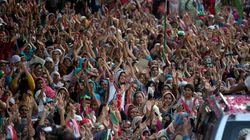파키스탄 반정부 시위 격화...군부 쿠테타