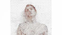 자신의 피로 만든 셀카 예술