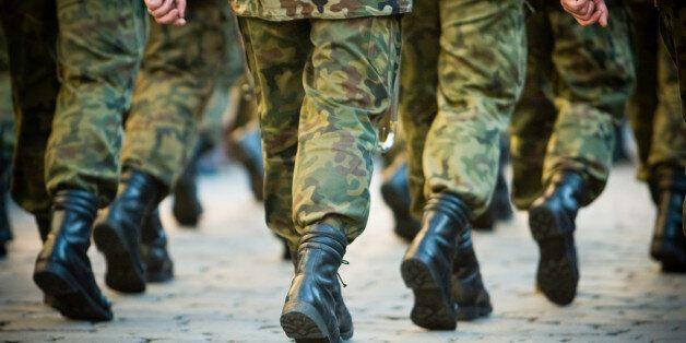 60만 군 인권교육 예산 고작