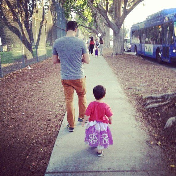 치마 입는 아들을 둔 아빠의 이야기 : 아들은 치마를 좋아한다. 나는 뭐,