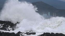 태풍에 제주 하늘길·바닷길 막혀 피해