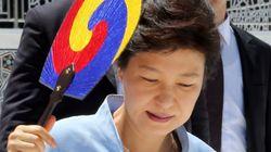 박 대통령, 부정 평가 처음으로 긍정 앞서, 문창극 후보에 대한