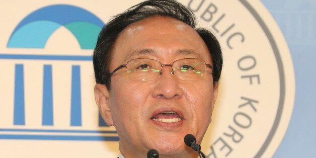 정의당 노회찬 전 의원이 8일 국회 정론관에서 7·30재보궐선거 동작을 출마를 선언하고