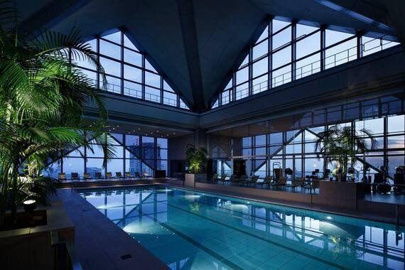 끝내주는 수영장이 있는 세계의 호텔
