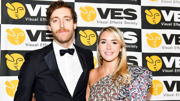 BEVERLY HILLS, CALIFORNIA - FEBRUARY 05: Thomas Middleditch (L) and Mollie Gates attend 17th Annual VES Awards at The Beverly Hilton Hotel on February 05, 2019 in Beverly Hills, California. (Photo by Rodin Eckenroth/Getty Images)