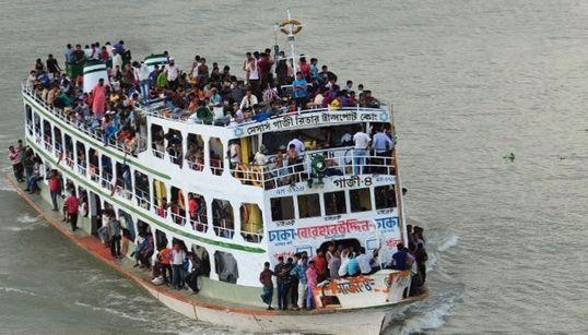 방글라 여객선 침몰 수백명 실종 : 정원 초과에 집계도 안 해