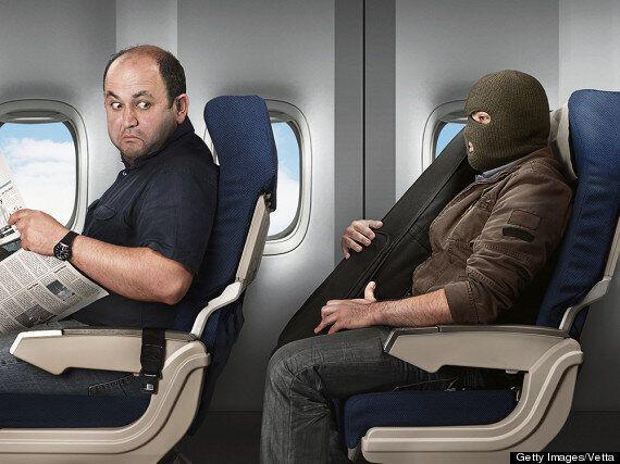비행기의 16가지 비밀 : 당신이 쓰고 있는 쿠션은 세탁된