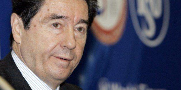전세계 피겨 전문가들이 오타비오 친콴타(76) 국제빙상경기연맹(ISU) 회장의 사퇴를 촉구하고