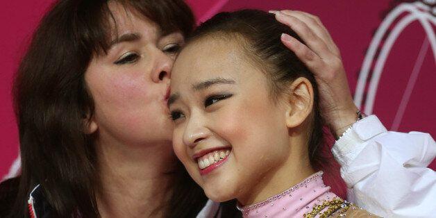 손연재가 국제체조연맹 월드컵 경기에서 처음으로 개인종합 금메달을 땄다. 사진은 지난 2012년 런던올림픽 때