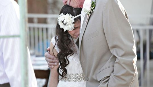 11살 소녀가 미리 결혼한
