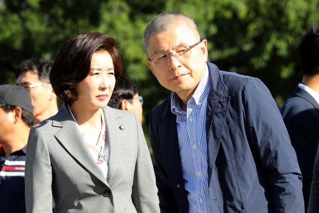 나경원이 빗발치는 '삭발 요구'에 대해 기자들에게 한