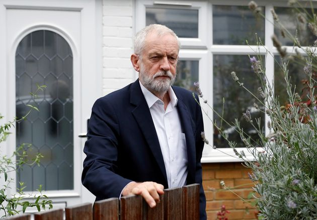 Jeremy Corbyn Hints He Will Stay Neutral In Second Referendum