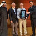 Rachid Yazami reçoit à Paris le Prix de l'Investisseur Arabe en reconnaissance de ses