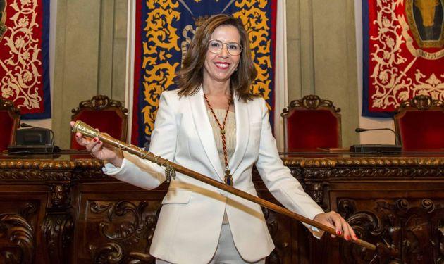 """Piden el cese de la alcaldesa de Cartagena por ir """"de fiesta"""" durante la gota fría"""